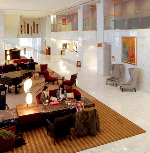 HN1-LTM-in-Hotel-Nikko-Main-Lobby